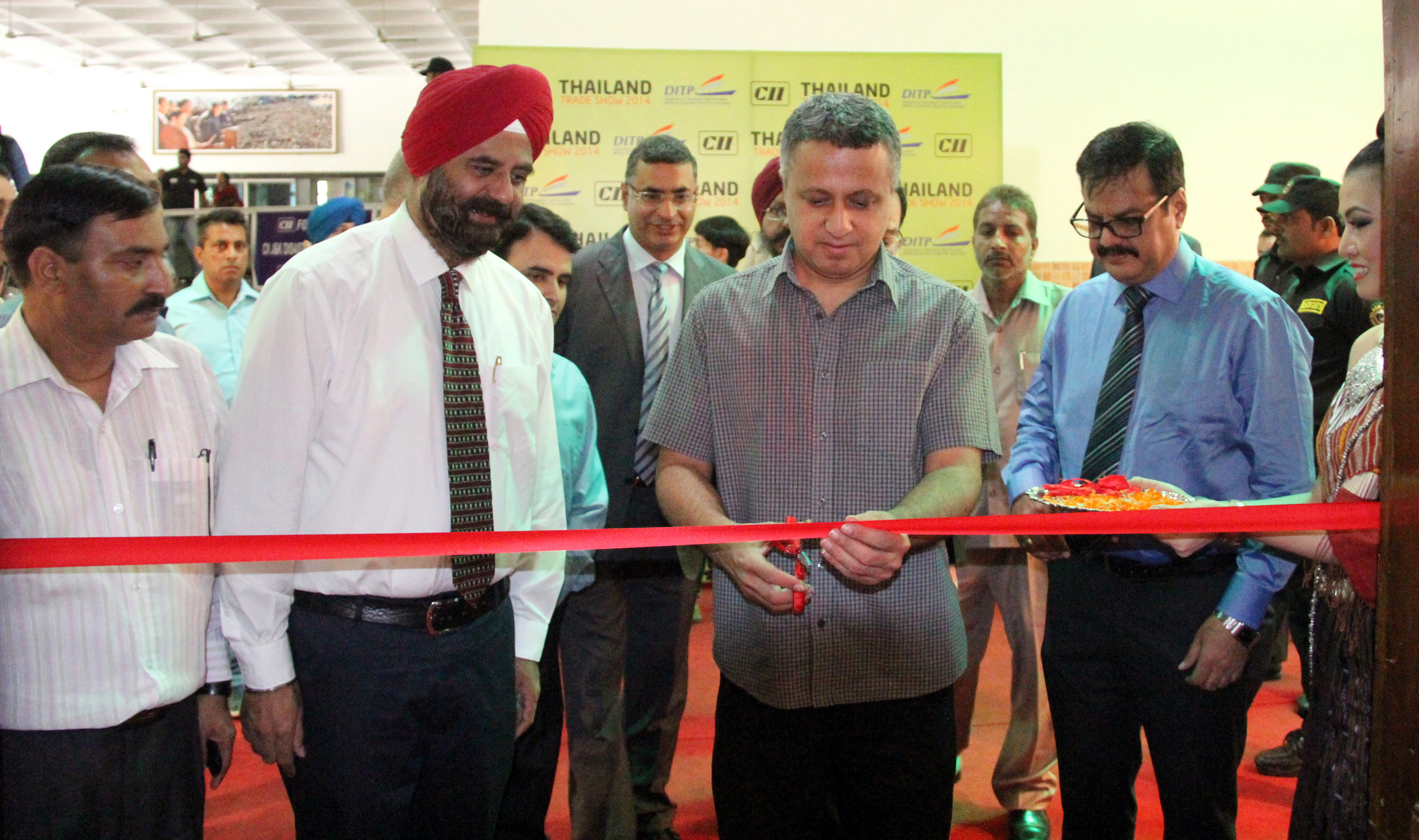 UT Finance Secretary, Mr. Sarvjit Singh inaugurating the THAILAND TRADE SHOW-2014 at Himachal Bhawan, Sector-28, Chandigarh on Wednesday, September 17, 2014.