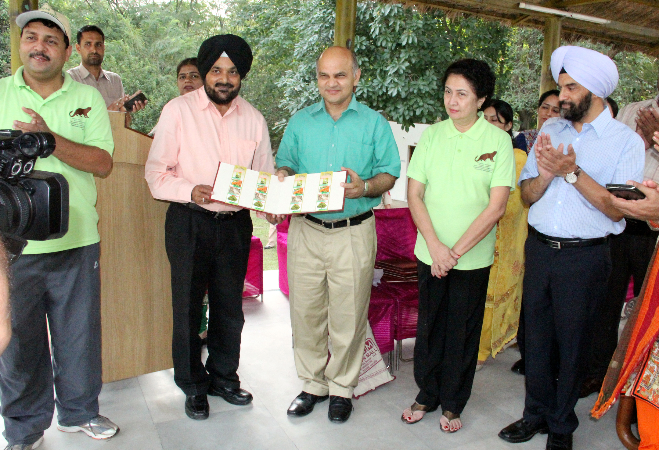 The Adviser to the Administrator, UT, Chandigarh Mr. K.K. Sharma releasing the Brochure as a part of the Wildlife Week Celebrations-2014 at Log Hut, Kansal Forest, UT Chandigarh on Thursday, October 02, 2014.