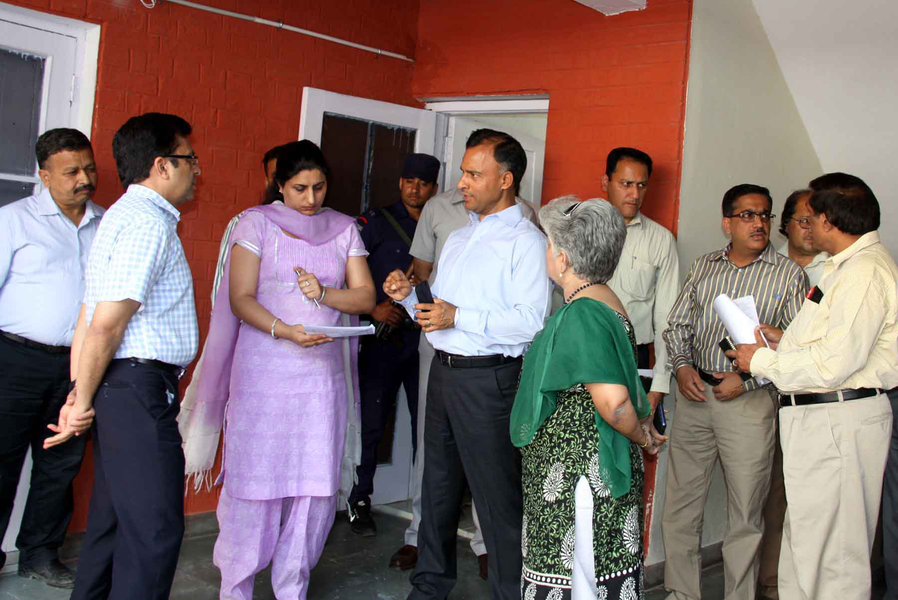 The Adviser to the Administrator, UT, Chandigarh, Mr. Vijay Dev alongwith senior officers visiting at Nari Niketan, Sector-26, Chandigarh on Thursday, April 23, 2015.