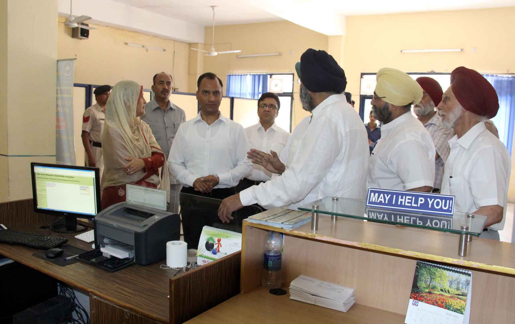 The Adviser to the Administrator, UT, Chandigarh, Mr. Vijay Dev alongwith senior officers visiting at Life Care Masonic Charitable Hospital, Sector-18, Chandigarh on Wednesday, May 27, 2015.
