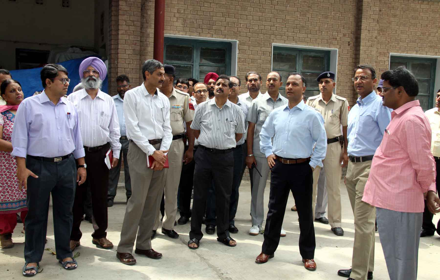 The Adviser to the Administrator, UT, Chandigarh, Mr. Vijay Dev alongwith senior officers visiting at Govt. Press, Sector-18, Chandigarh on Friday, May 29, 2015.