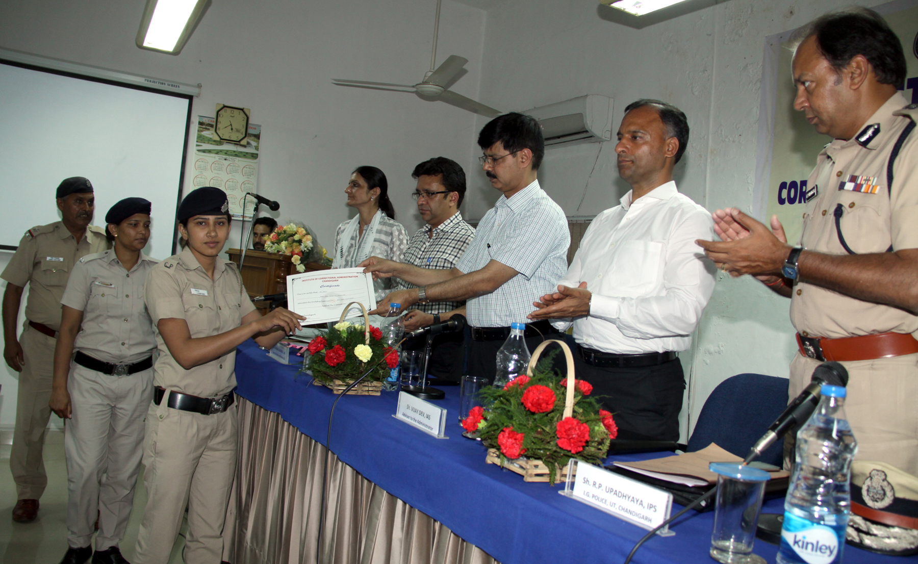 Shri Anant Kumar Singh, IAS, Additional Secretary (CS), Government of India, Ministry of Home Affairs, New Delhi distributing certificates to the participants in the one day workshop on ANTI HUMAN TRAFFICKIN at Regional Institute of Correctional Administration at Sector-26, Chandigarh on Friday, July 03, 2015.