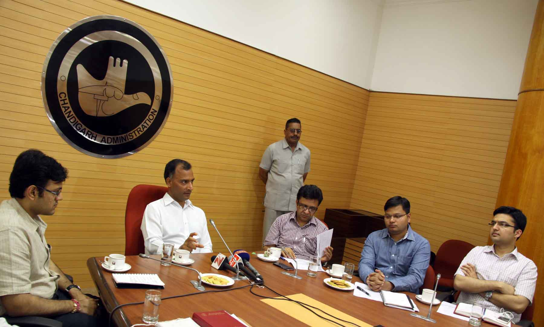 The Adviser to the Administrator, UT, Chandigarh, Mr. Vijay Dev presiding over the press conference regarding �Swachhata Abhiyan� at UT Secretariat, Chandigarh on Friday on Friday, September 04, 2015.