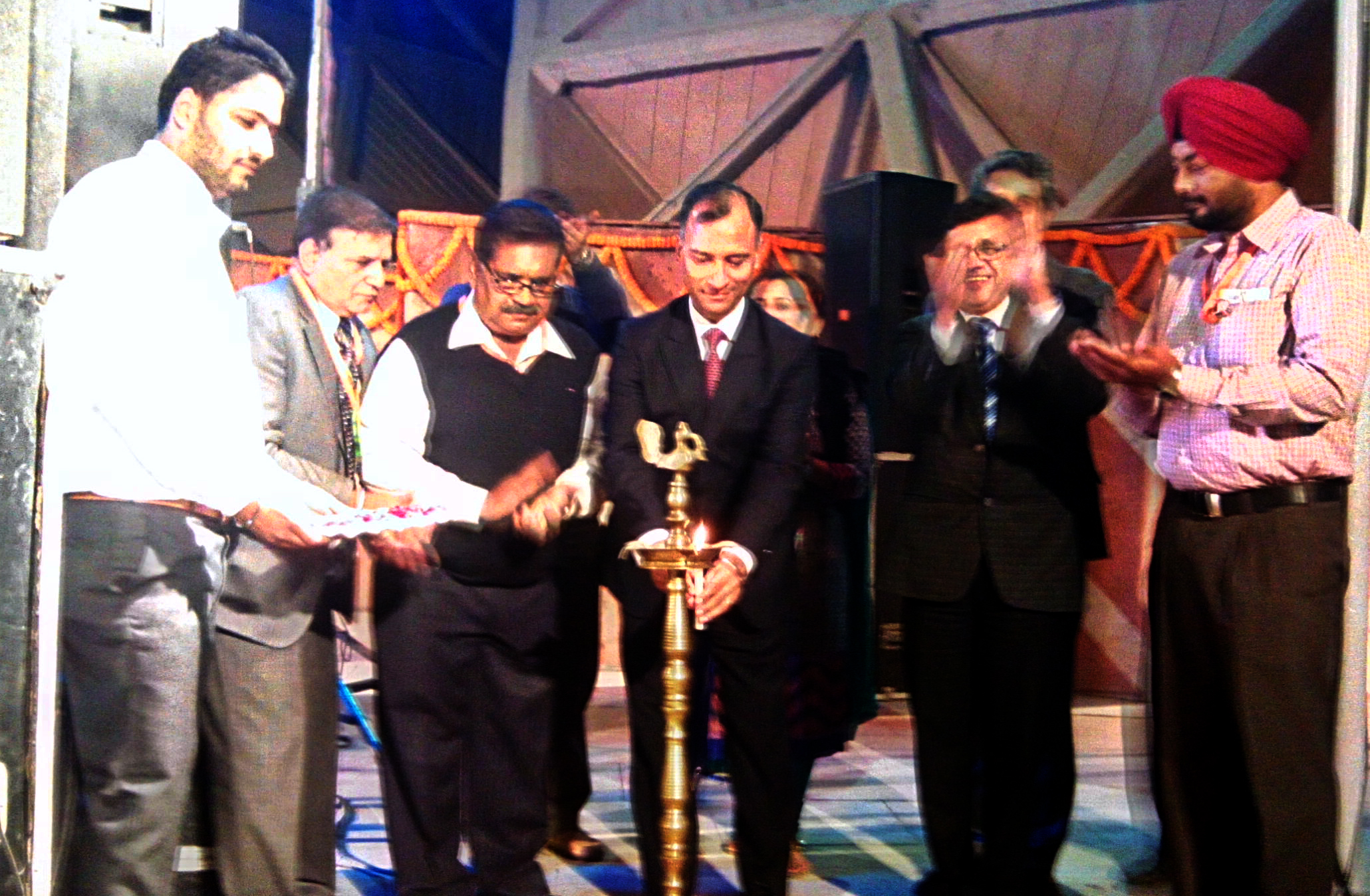 The Adviser to the Administrator, UT, Chandigarh, Mr. Vijay Dev lighting the traditional lamp at the celebration of Chandigarh Day at Chandigarh Pavilion in the 35th India International Trade Fair-2015 at Pragati Maidan, New Delhi on Wednesday, November 25, 2015.
