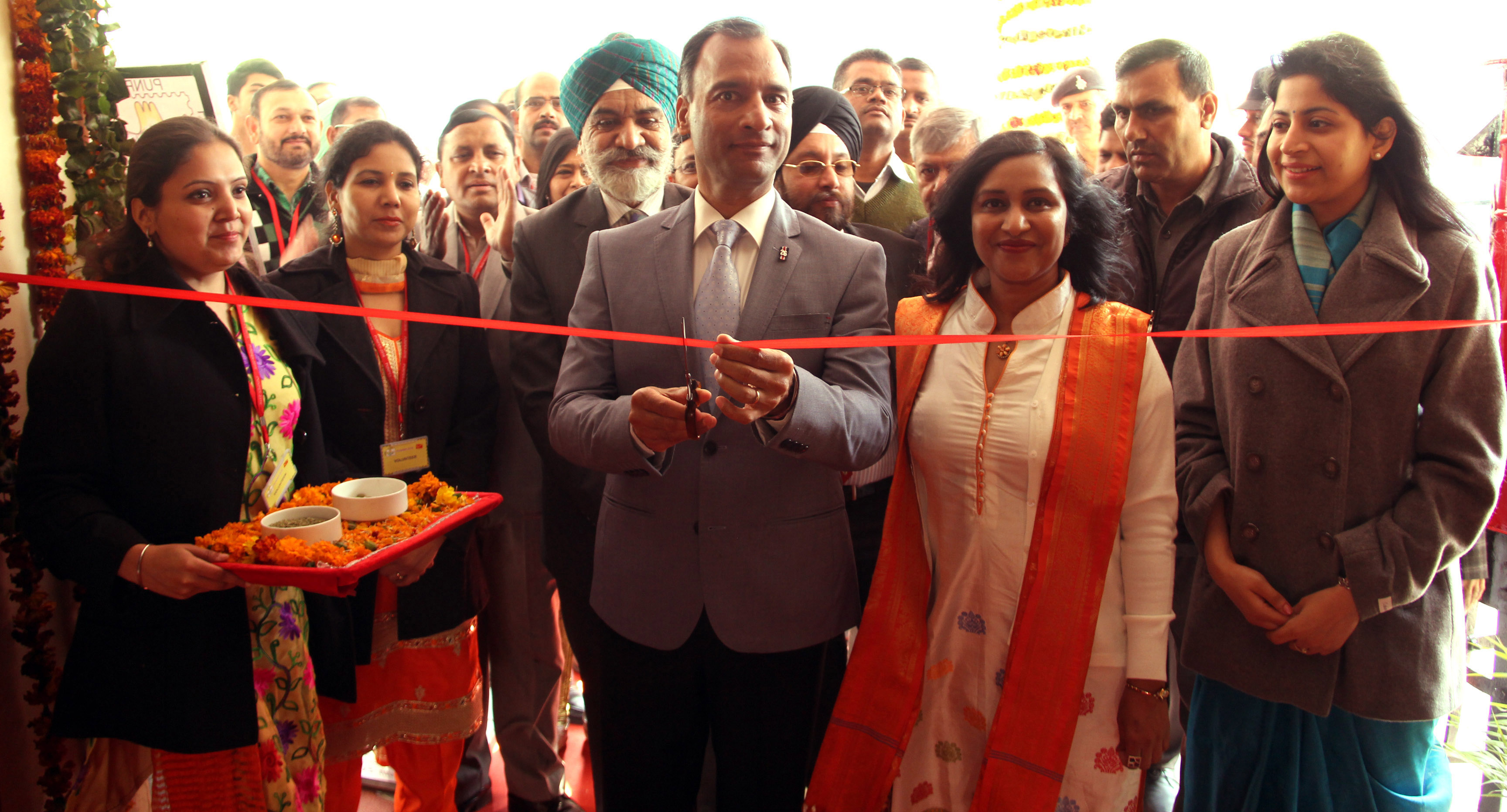 The Adviser to the Administrator, UT, Chandigarh, Mr. Vijay Dev,inaugurating the State Level Philatelic Exhibition Punpex 2016 India Post Punjab Circle at DAV College, Sector 10, Chandigarh on Saturday, February 06, 2016.