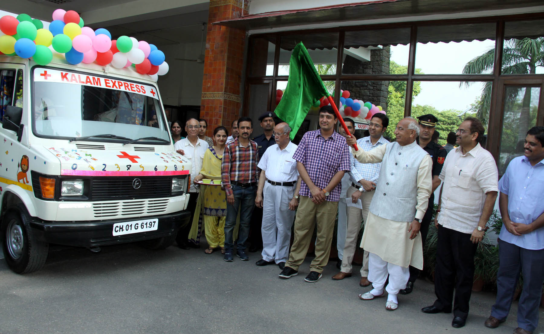 The Governor of Haryana, Punjab and Administrator, UT, Chandigarh, Prof. Kaptan Singh Solanki alongwith Adviser to the Administrator, UT, Chandigarh, Sh. Parimal Rai and other senior officers flagging off �Kalam Express� a Mobile Educational-cum-Rehabilitation unit for Children with Special needs at Haryana Raj Bhawan, Chandigarh on Thursday, June 23, 2016.