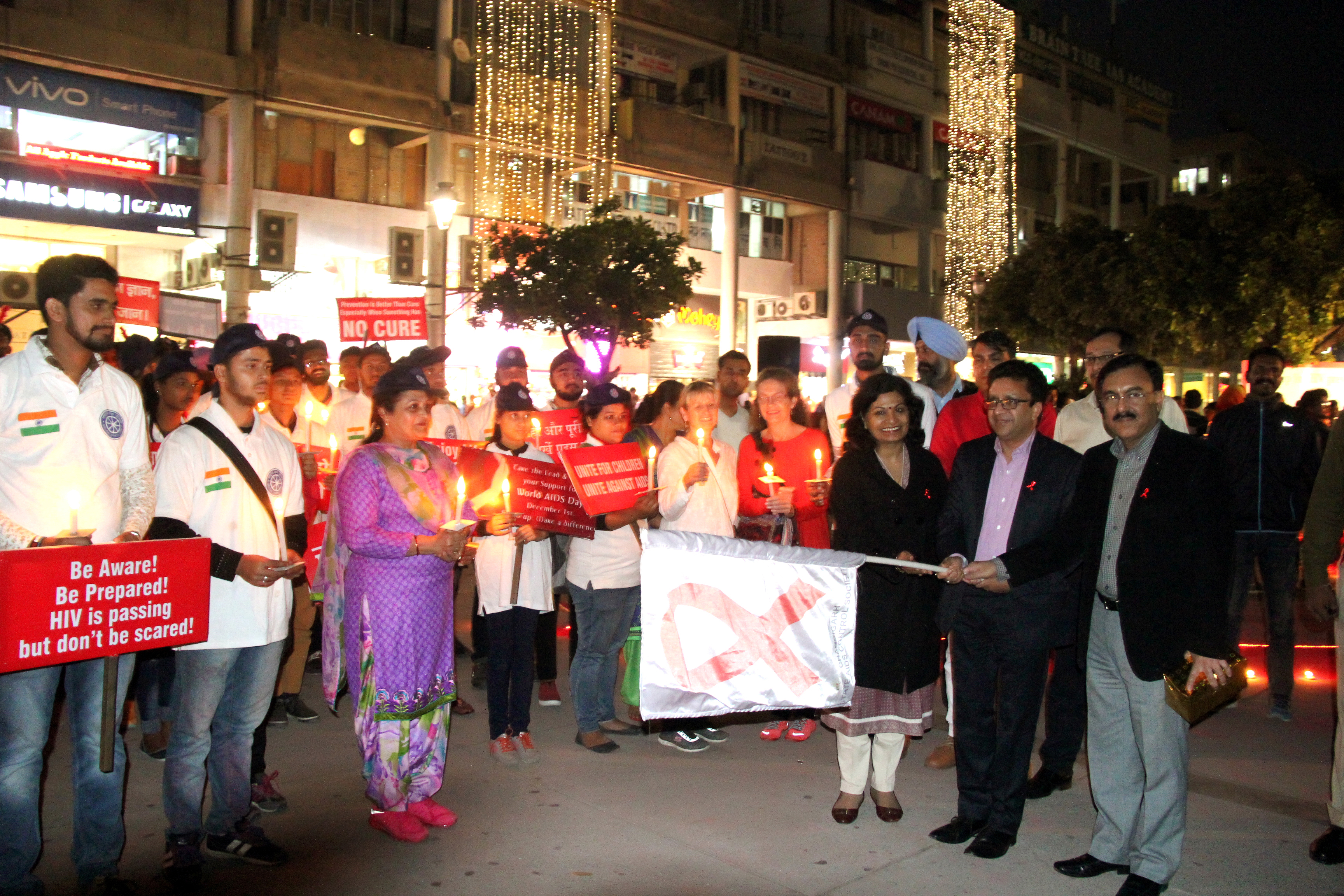 UT Home Secretary, Shri Anurag Agarwal  Flag off the Candle March at the inauguration of  World Aids day  Function at Plaza Sector 17  Chandigarh on Thursday December 1, 2016.
