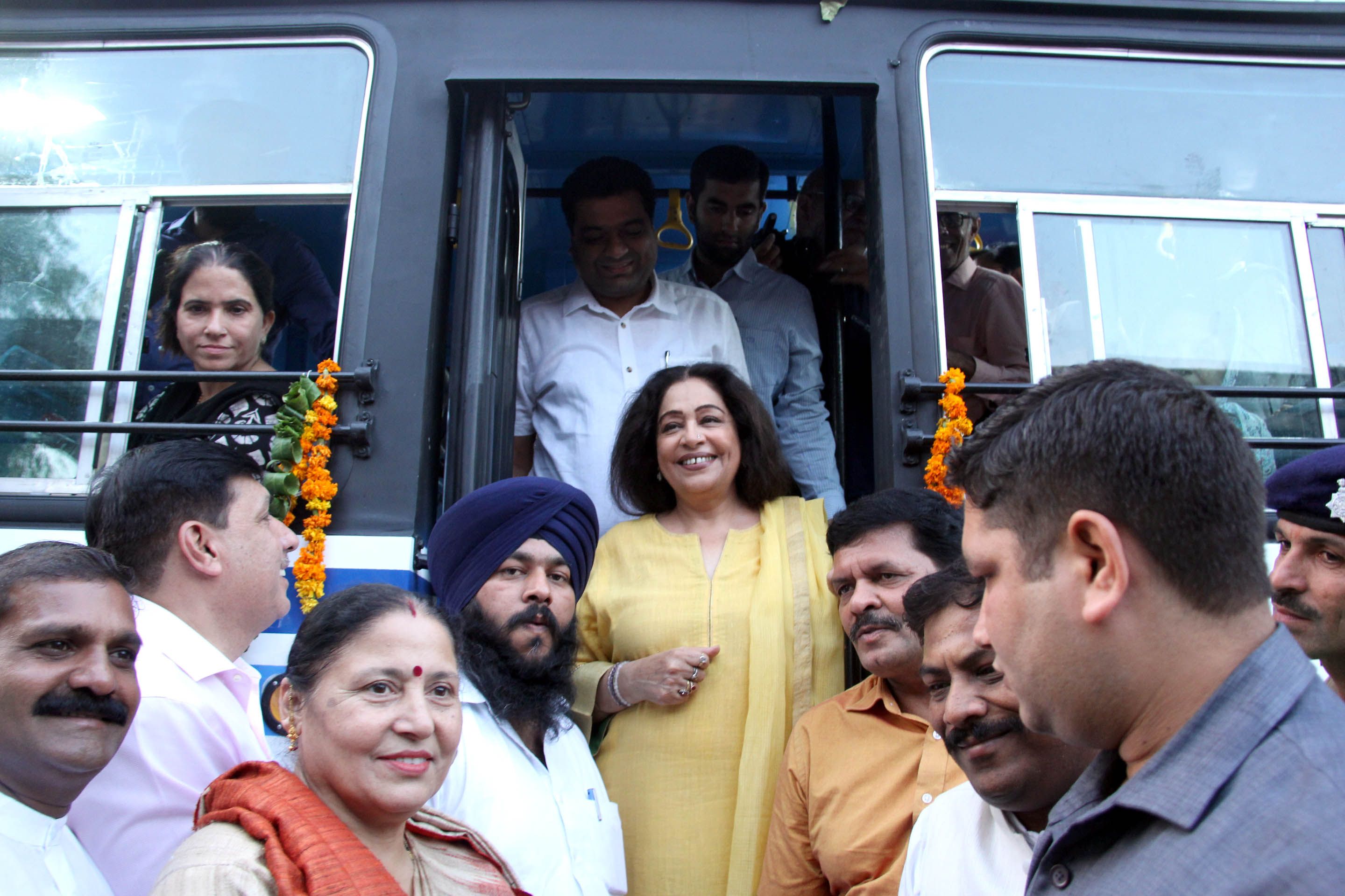 Smt. Kirron Kher, Member of Parliament Chandigarh, Flagging off  CTU  new 40 ordinary long route buses at ISBT sector 17 Chandigarh  on Sunday,October,2017.
